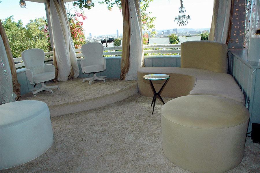 Mondrian hotel sky bar jana design interiors for Jana design interiors